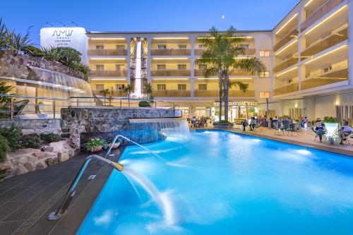 Malgrat De Mar Hotel Sumus Monteplaya Young Travel